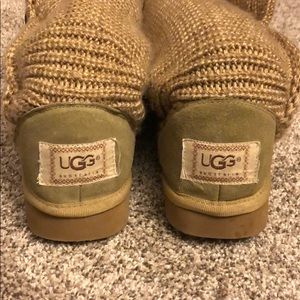 UGG Shoes - UGG Classic Cardy Boots Tan Size 6